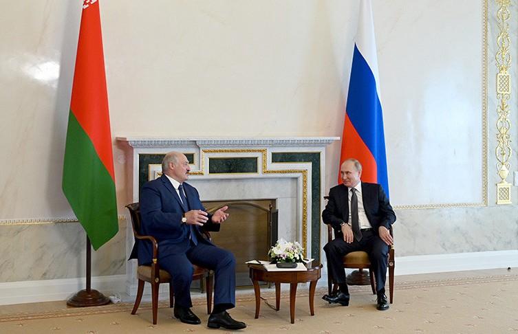 Лукашенко и Путин договорились, что цена на газ для Беларуси в 2022 году сохранится на уровне 2021 года