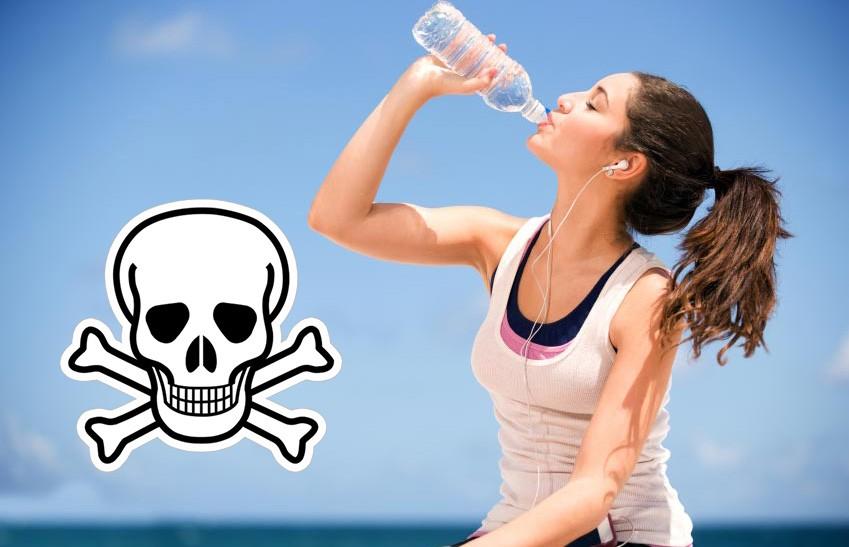 Вода из пластмассовых бутылок может быть токсична