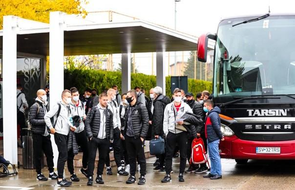 Сборная Беларуси по футболу отправилась в Албанию на важнейший матч Лиги наций