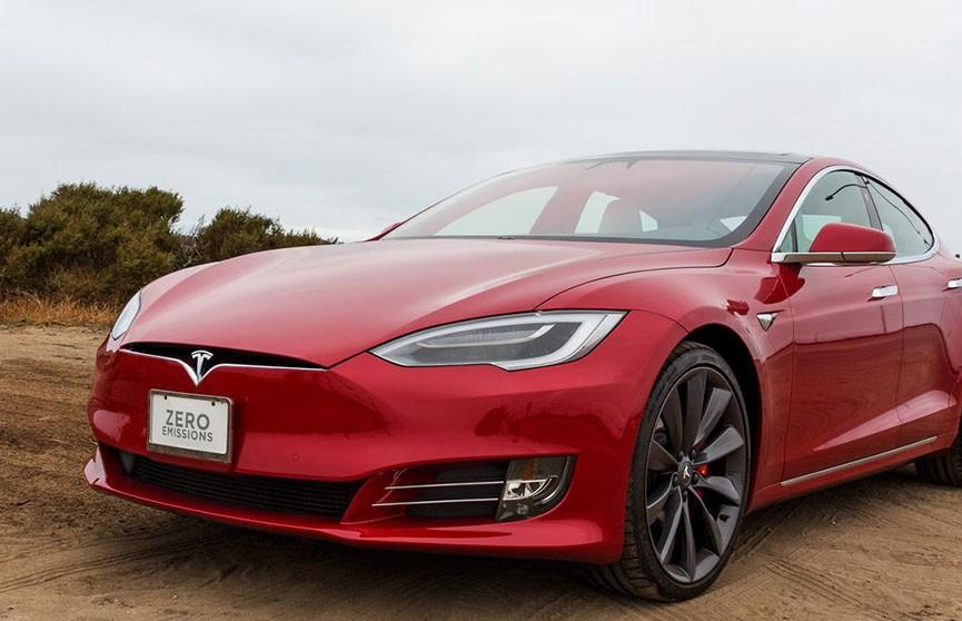 Илон Маск прокомментировал возгорание Tesla в Китае