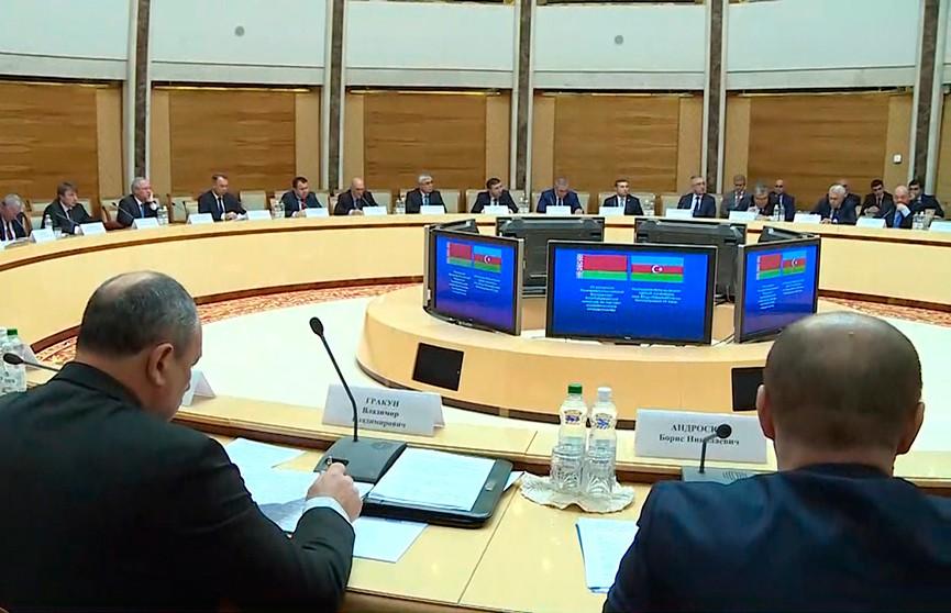 Белорусские комбайны теперь будут выпускать и в Азербайджане