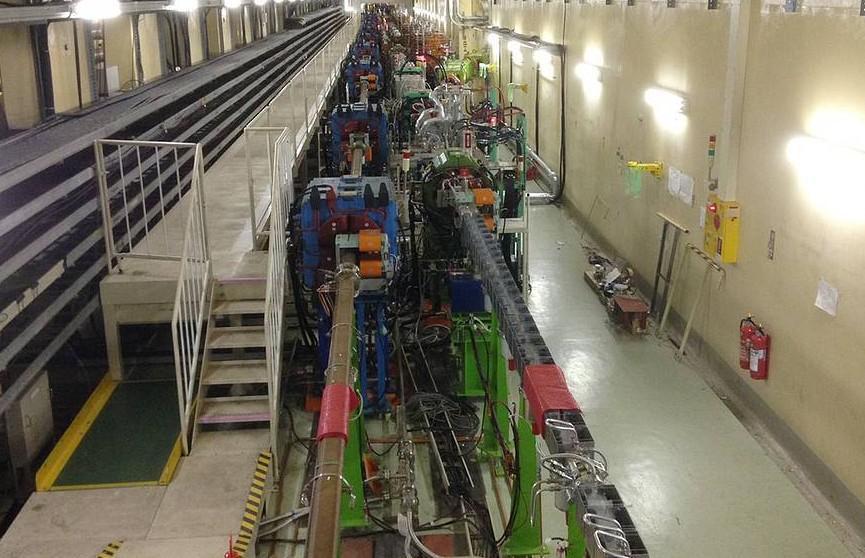 Японский коллайдер поставил рекорд светимости