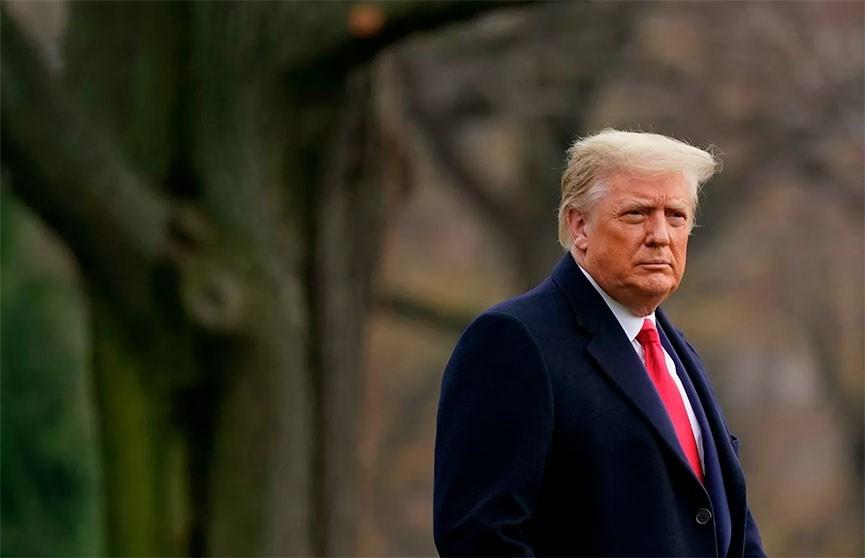 Трамп помиловал 73 человека, в том числе своего бывшего советника