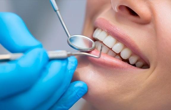 Девушка сходила к стоматологу и едва не умерла
