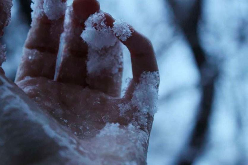 Москвич насмерть замёрз возле будки с мороженым