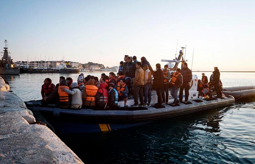 Власти Кипра попросили ЕС забрать мигрантов