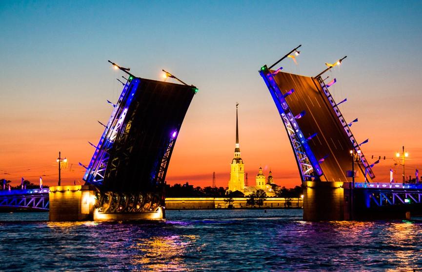 В Санкт-Петербурге введут туристический сбор