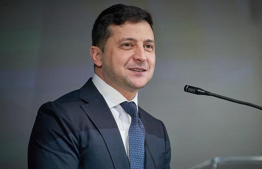 Владимира Зеленского назвали неудачником года почти 30% жителей Украины
