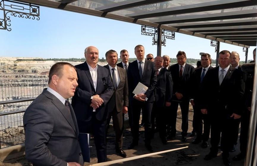 Лукашенко на «Граните»: надо шевелиться на внешних рынках