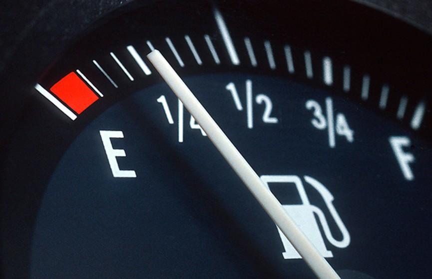 По старой схеме: «Белнефтехим» продолжит повышать цены на топливо поэтапно