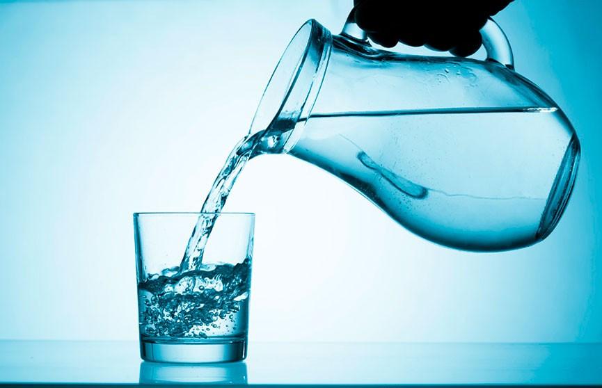 Альтернатива воде: какой напиток хорошо утоляет жажду?