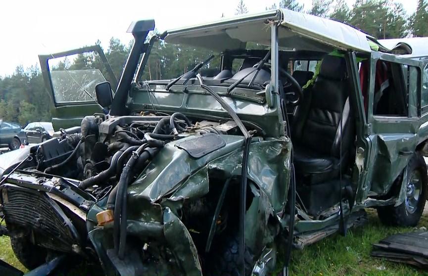 Появилось видео жуткой аварии на трассе М3: водитель внедорожника рассказал, как это было