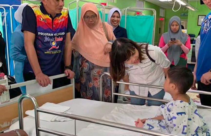 Взрыв воздушного шарика ранил 16 человек на фестивале в Малайзии