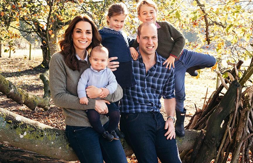 Кейт Миддлтон и принц Уильям опубликовали в соцсетях трогательное фото в День матери