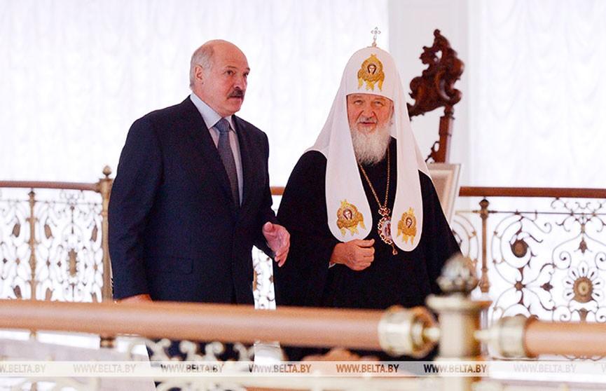 Александр Лукашенко поздравил Патриарха Кирилла с 45-летием архиерейской хиротонии