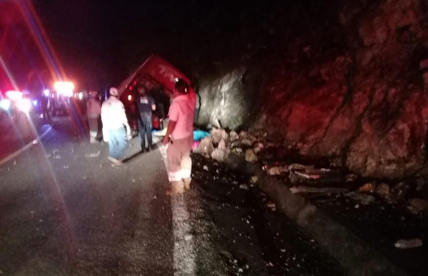 13 человек погибли в ДТП в Мексике
