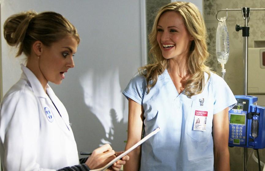 Вот это поворот: 16 медсестёр из одной больницы одновременно забеременели