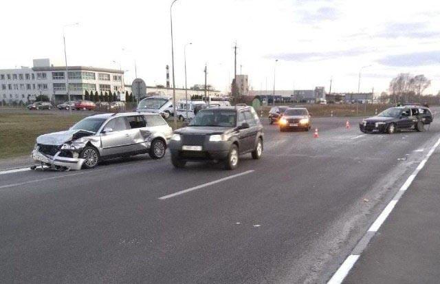 Двое детей и женщина пострадали в ДТП в Бресте