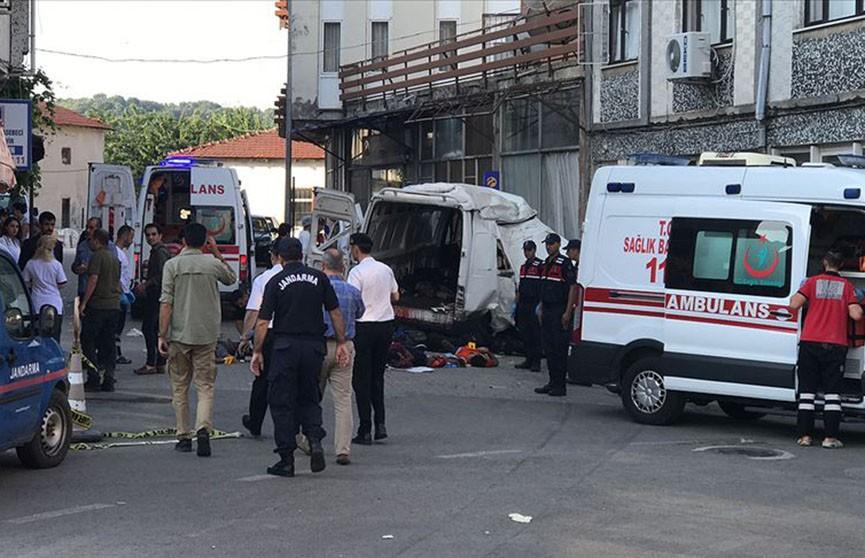 11 мигрантов погибли в ДТП в Турции