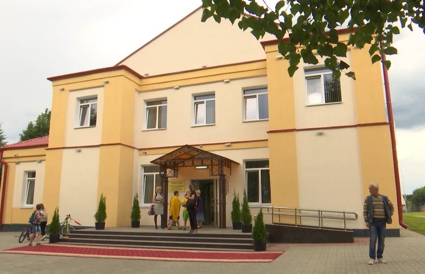 В Плещеницах после капитального ремонта открыли центр культуры