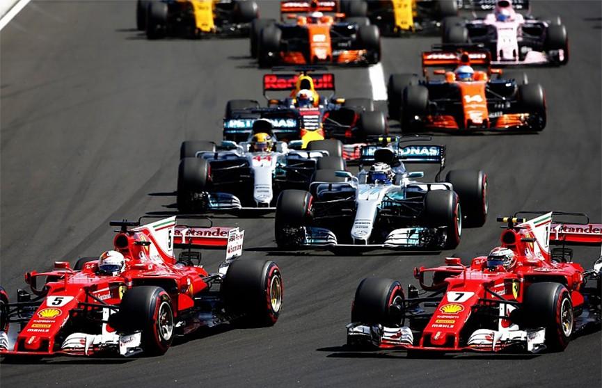 Тысячная гонка Формулы-1 прошла в Китае (Видео)