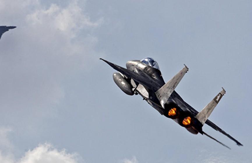 ВВС Израиля наносят удары по сектору Газа в ответ на ракетный обстрел