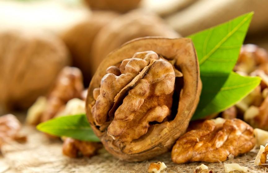 Кому грецкие орехи строго противопоказаны? Посмотрите, есть ли вы в этом списке!