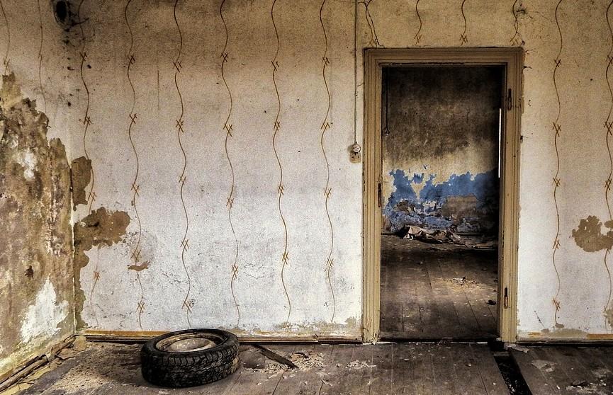 Украинка купила дом и обнаружила там останки человека