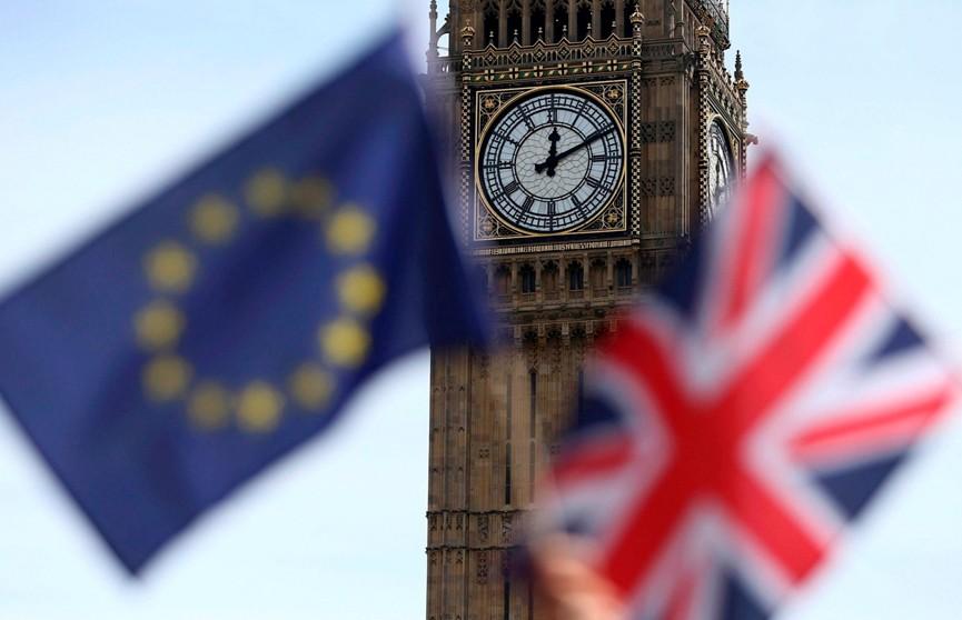 435 км до Лондона: в Великобритании стартовал марш за Brexit