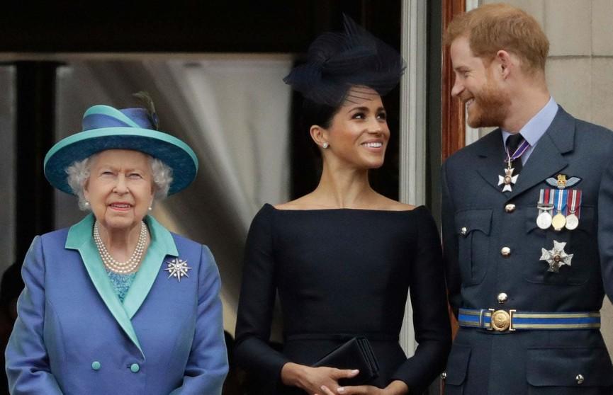 Елизавета II созывает семейный совет