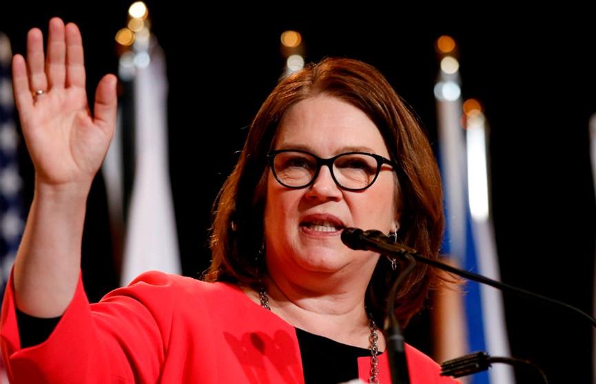 Политический кризис разгорается в  Канаде: в отставку ушла глава казначейства