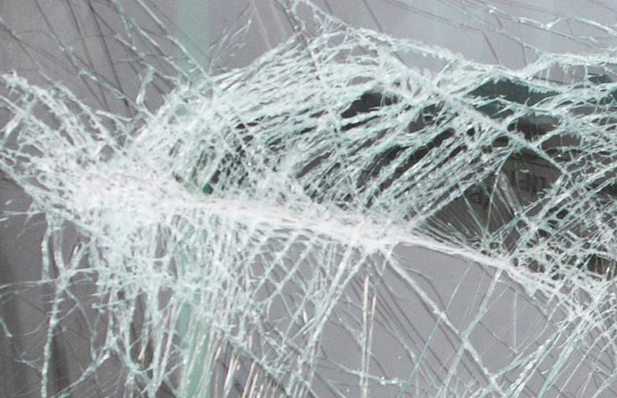 Женщина погибла под колесами автомобиля в Пинском районе