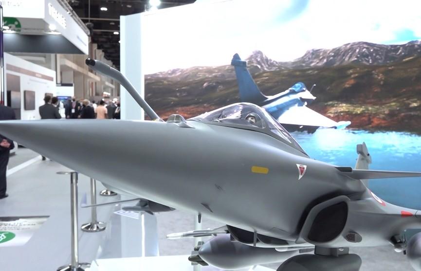 На выставке вооружений IDEX-2021 в Абу-Даби белорусы заключили новые контракты