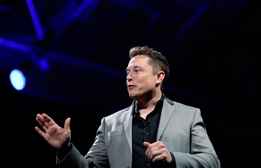 Илон Маск намерен запустить сервис роботакси в следующем году