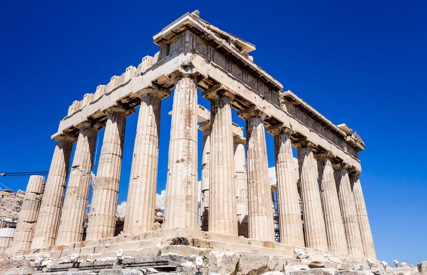 Акрополь в Греции и другие античные памятники снова открыты для туристов