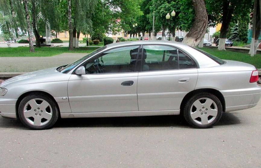 Гомельчанин незаконно ввез в Беларусь 12 легковых авто