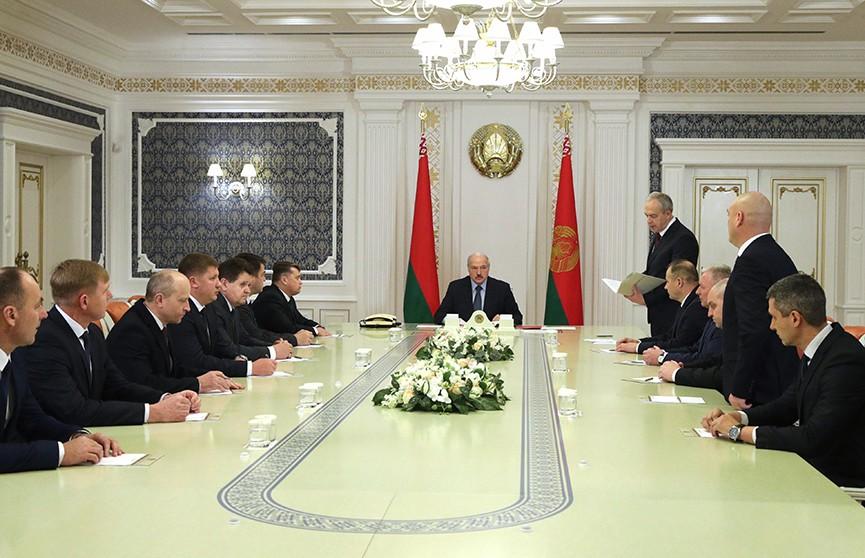 Александр Лукашенко обновил местную вертикаль власти