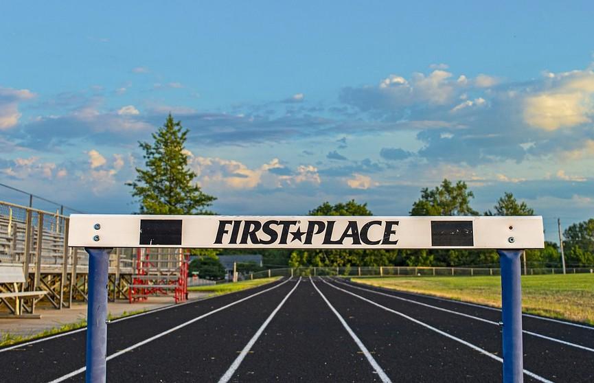 Американка установила мировой рекорд в беге на 400 метров с барьерами