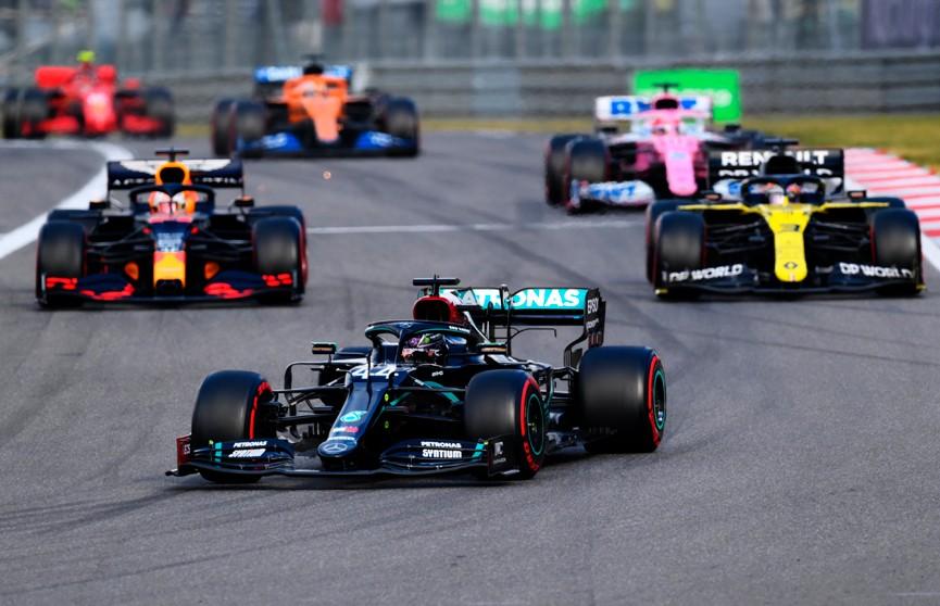 «Формула-1»: Льюис Хэмилтон выиграл Гран-при Айфеля и повторил рекорд Михаэля Шумахера