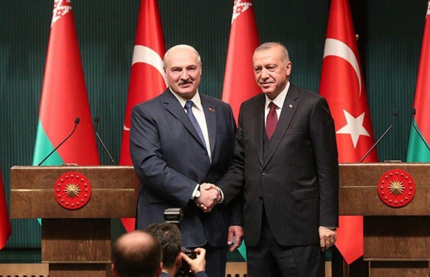 Эрдоган поздравил Лукашенко с победой