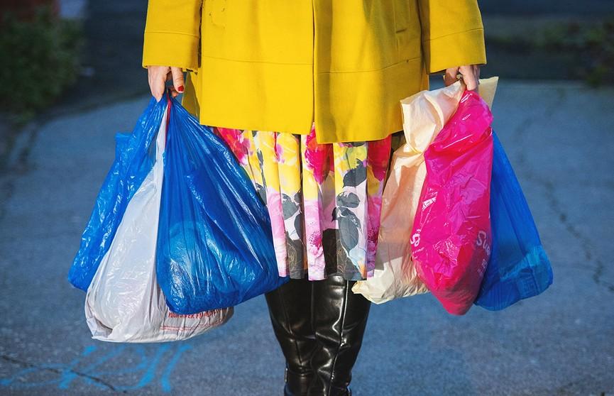 В Шанхае с 1 января введут запрет на использование пластиковых пакетов во всех торговых точках