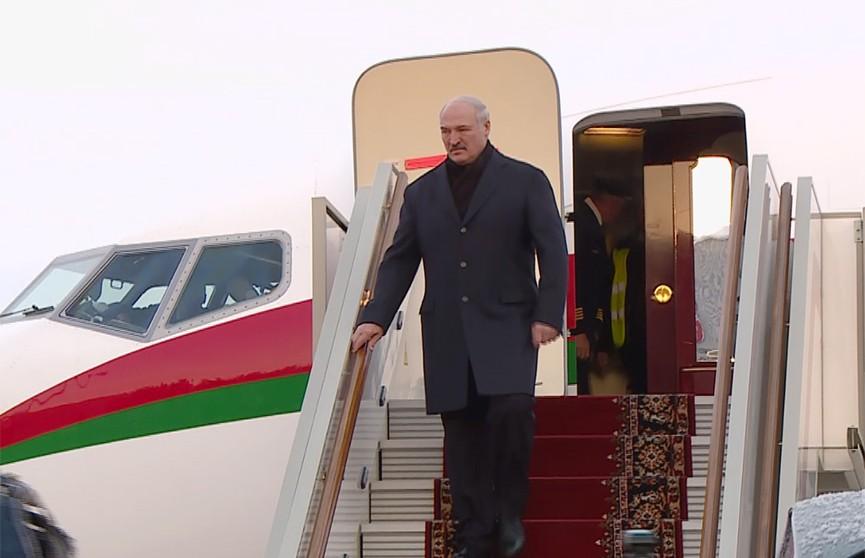 Александр Лукашенко прибыл с рабочим визитом в Москву на переговоры с Владимиром Путиным