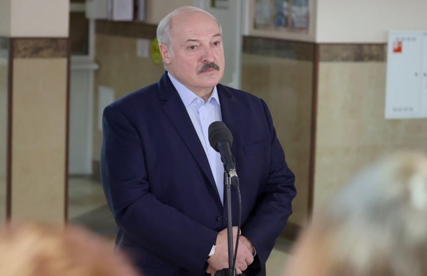 Лукашенко прокомментировал заявление МОК о введении санкций: Надо нам обратиться в суд