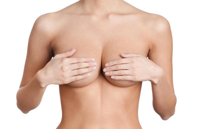 Учёные выяснили, какая часть женской груди привлекает взгляд