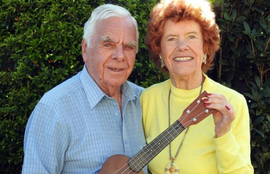 Коронавирус помог обрести любовь 97-летним пенсионерам