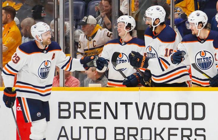 «Эдмонтон» разгромил «Нэшвилл» со счётом 8:3 в НХЛ