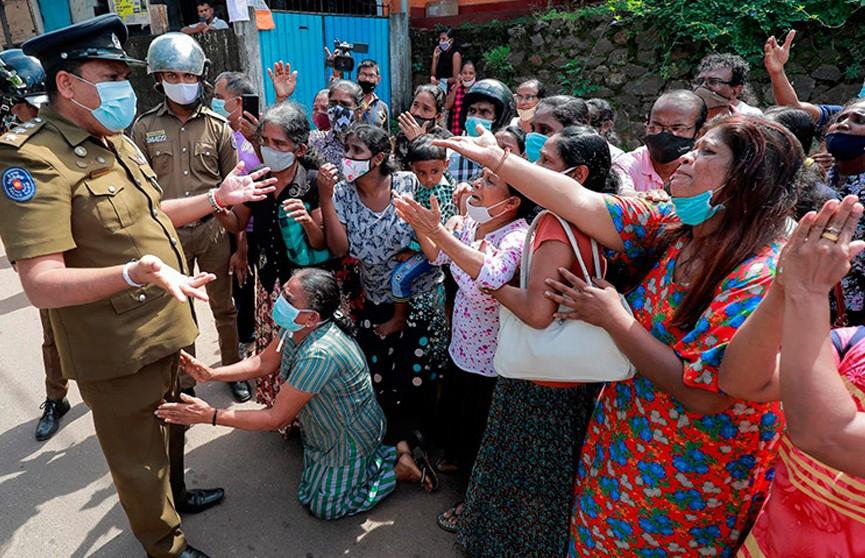 Тюремный бунт в Шри-Ланке: 8 человек погибли, более 50 ранены