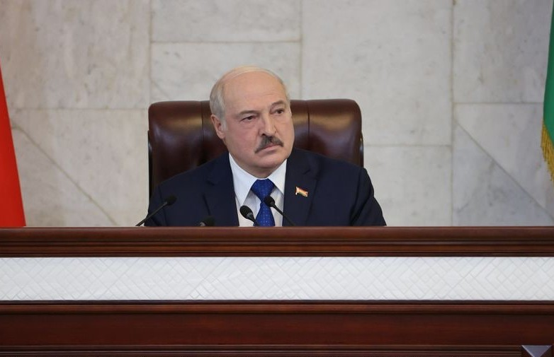 Лукашенко: Сообщение о минировании самолёта поступило из Швейцарии