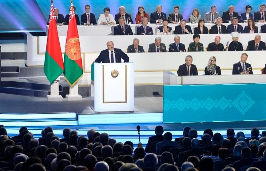 Лукашенко: Мы не закопали деньги в сельское хозяйство