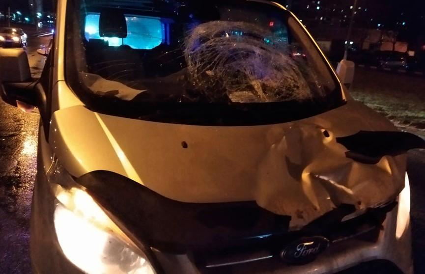 Двух пешеходов сбили в Витебске: один – погиб, другой – в больнице